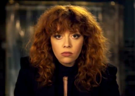 "7 Reasons Why You Should Be Watching Netflix's ""Russian Doll""!"