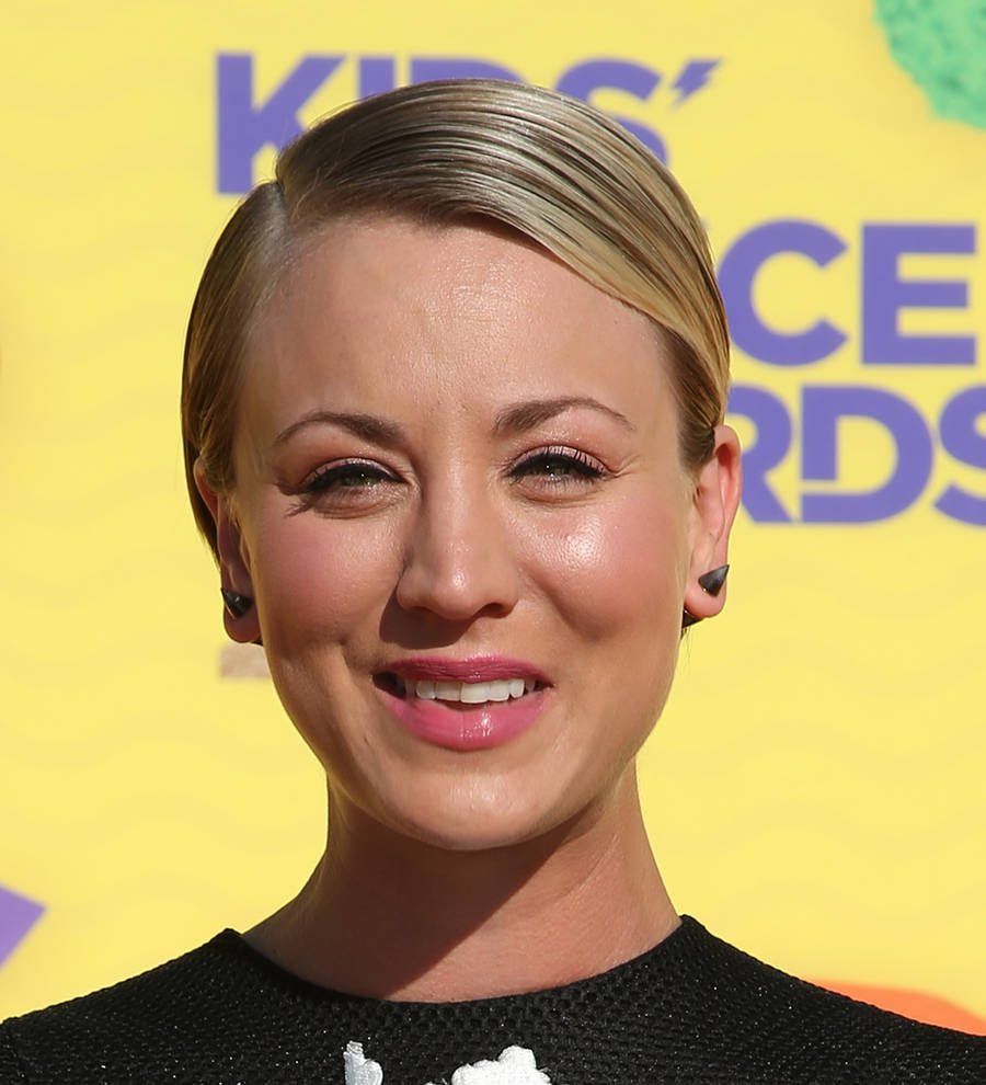 Young Hollywood Kaley Cuoco Sweeting Joins Sofia Vergara Atop