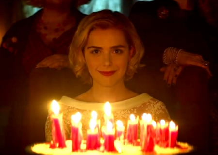 """Riverdale"" Meets ""AHS""? ""The Chilling Adventures of Sabrina"" Trailer Looks Scary AF!"
