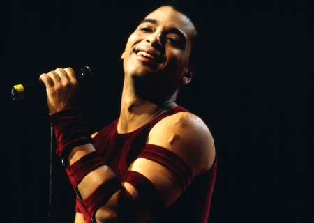 SUNDAY MUSIC VIDS: Jon Secada