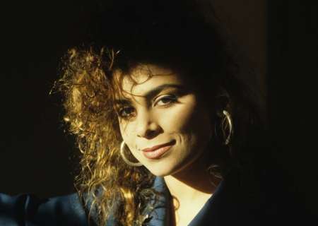 SUNDAY MUSIC VIDS: Paula Abdul