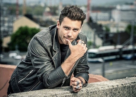ARTIST TO WATCH + EXCLUSIVE VIDEO PREMIERE: Bastian Baker