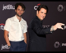 John Stamos, Penn Badgley, & You Cast's Ultimate Dating Advice