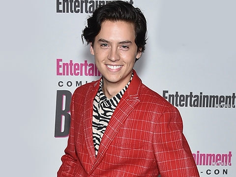 Never Have I Ever With Riverdale's Cole Sprouse, Lucifer's Tom Ellis, & More